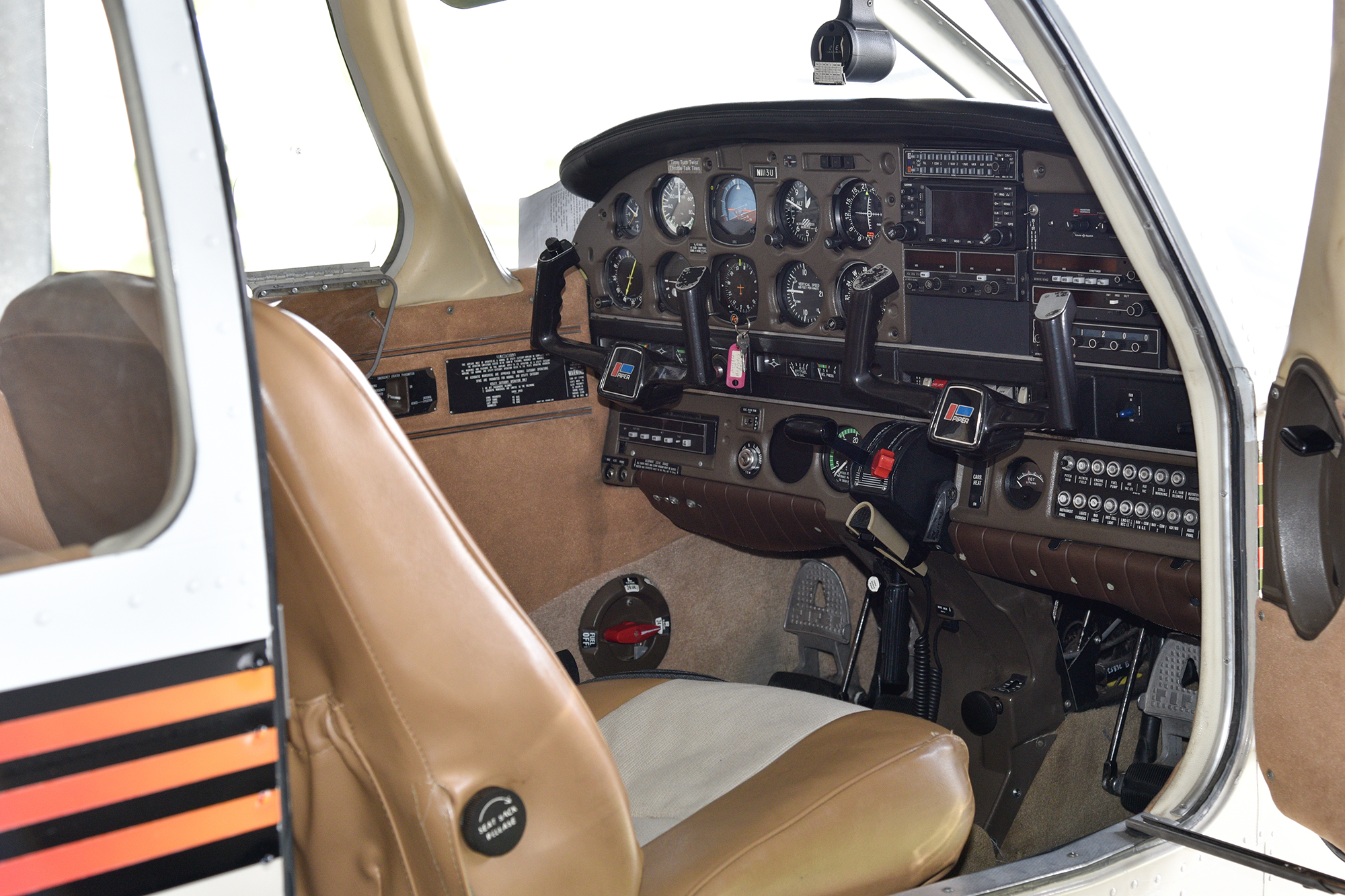 AAF-13U Interior-2168.jpg