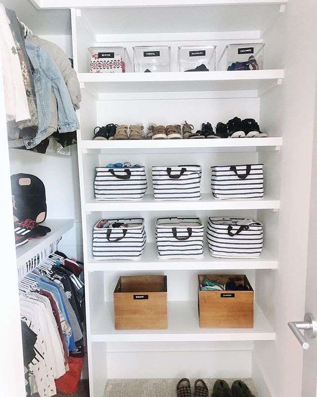 The best time to get organized is NOW! ⠀⠀⠀⠀⠀⠀⠀⠀⠀ Working a move in is a dream, as we're able to declutter and set up systems before things can pile up. But even if you've been in your home for a while, it's not too late! Give your space a refresh & prepare for a successful and organized rest of the year.
