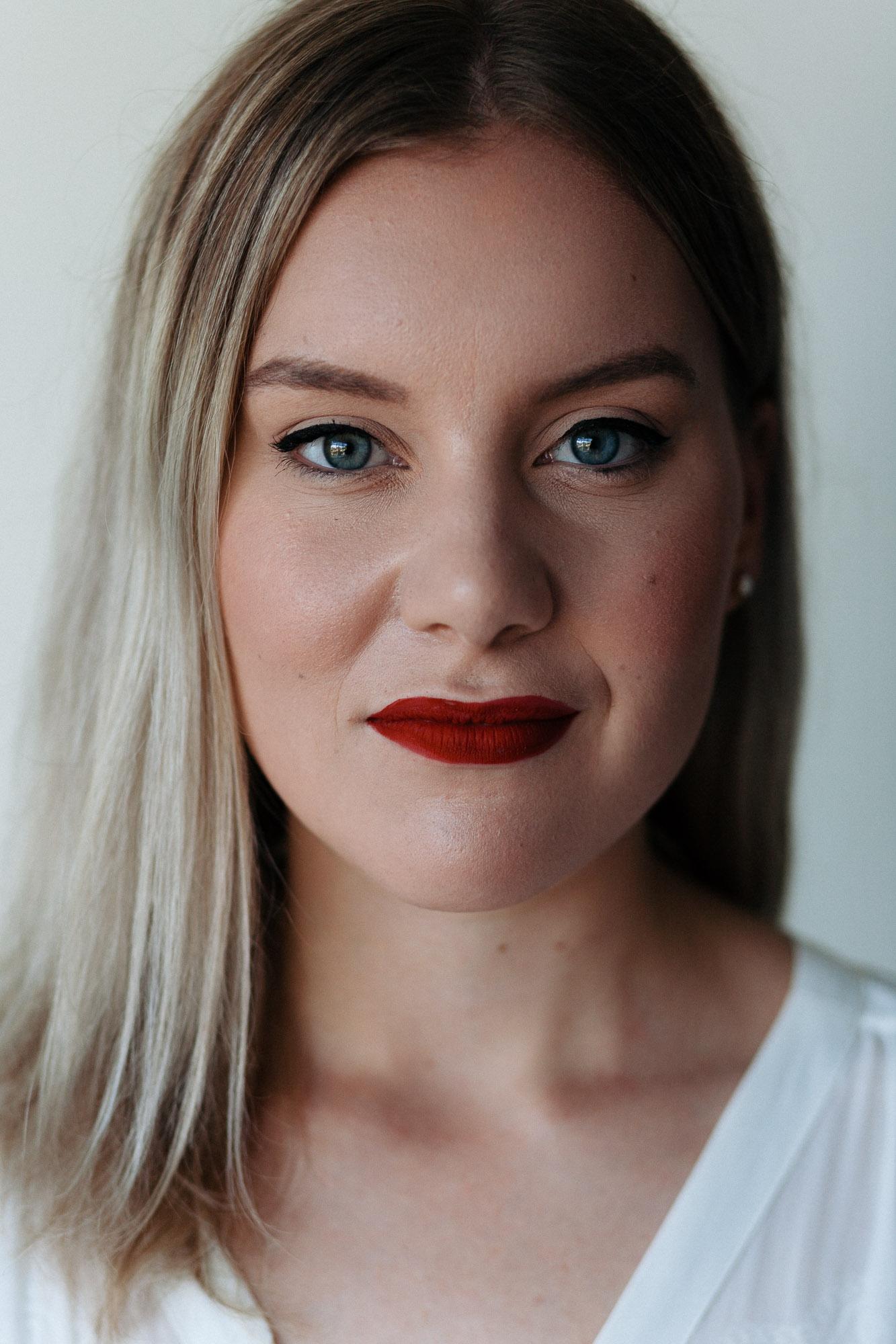 Singer Songwriter Kenzie Peters
