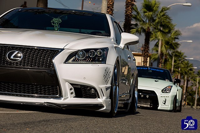 VIP x Street - Two cars we helped build . 📷:@nifty50studio 🚘:@melymel_96 🚘:@blazn_gtr . . . _____________________________________________ #platinumvip #lexus #nissan #GT3 #LS460 #R1Concepts #TeamR1 #STOPPINGTHEWORLD #phantomcupkit #cupkit #toyotires #teamtoyo #tagtoyo