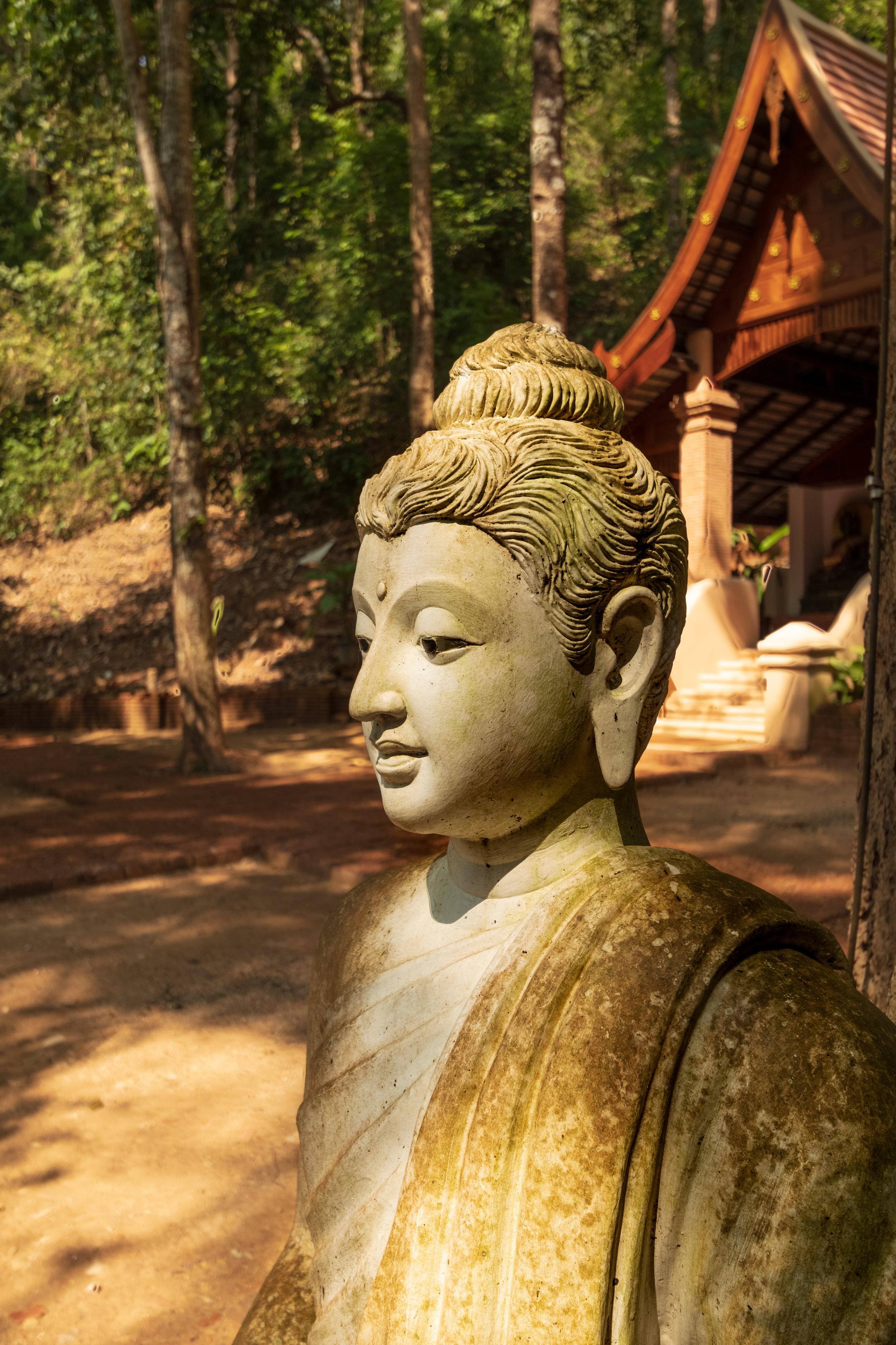 Wat Pha Lat-3.jpg