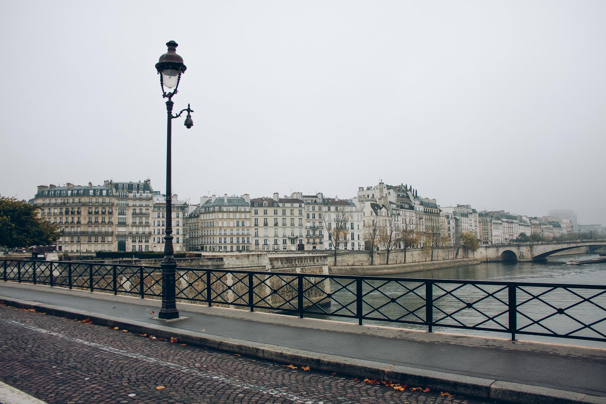 paris streets seine