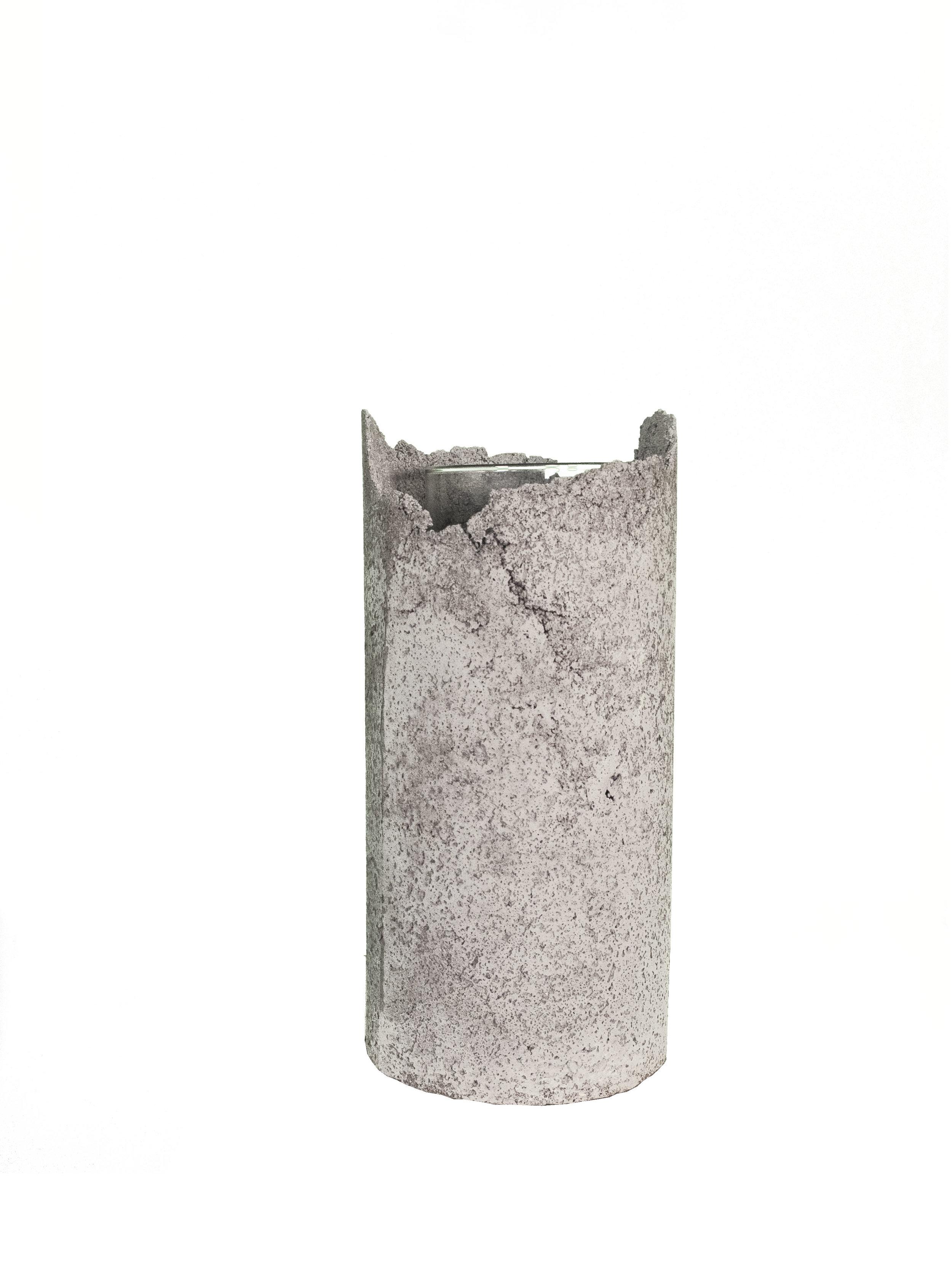 FULO Concrete vase - bare necessities