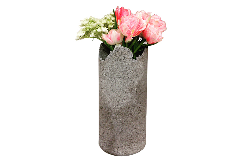 FULO-delicate-concrete vase-one-of-a-kind