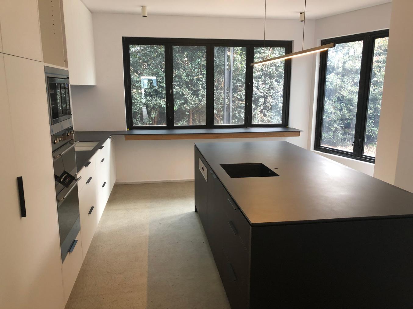 FERN-AVE_kitchen.jpg