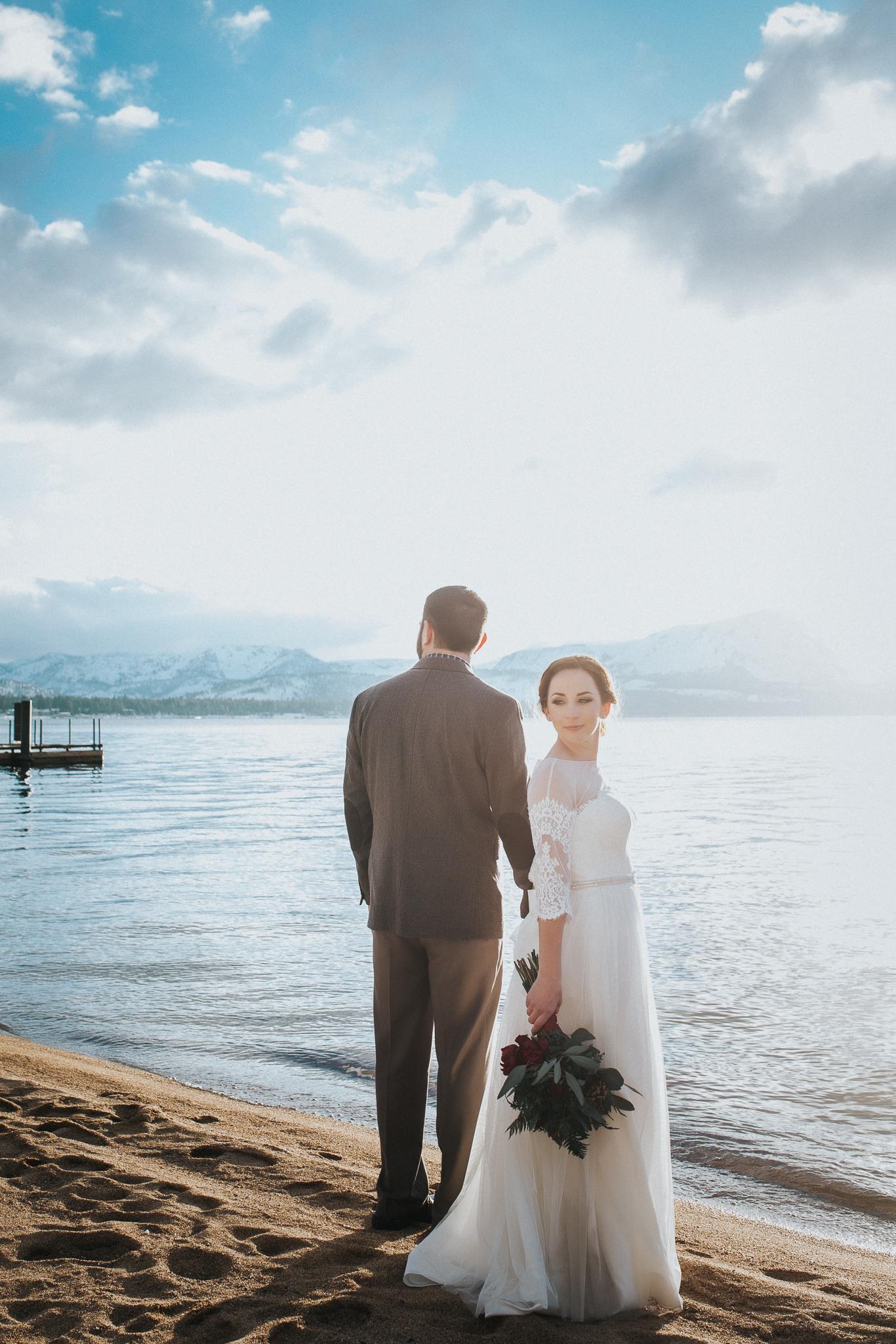 winter-wedding-reno-lake-tahoe-wedding-photographer-13.jpg