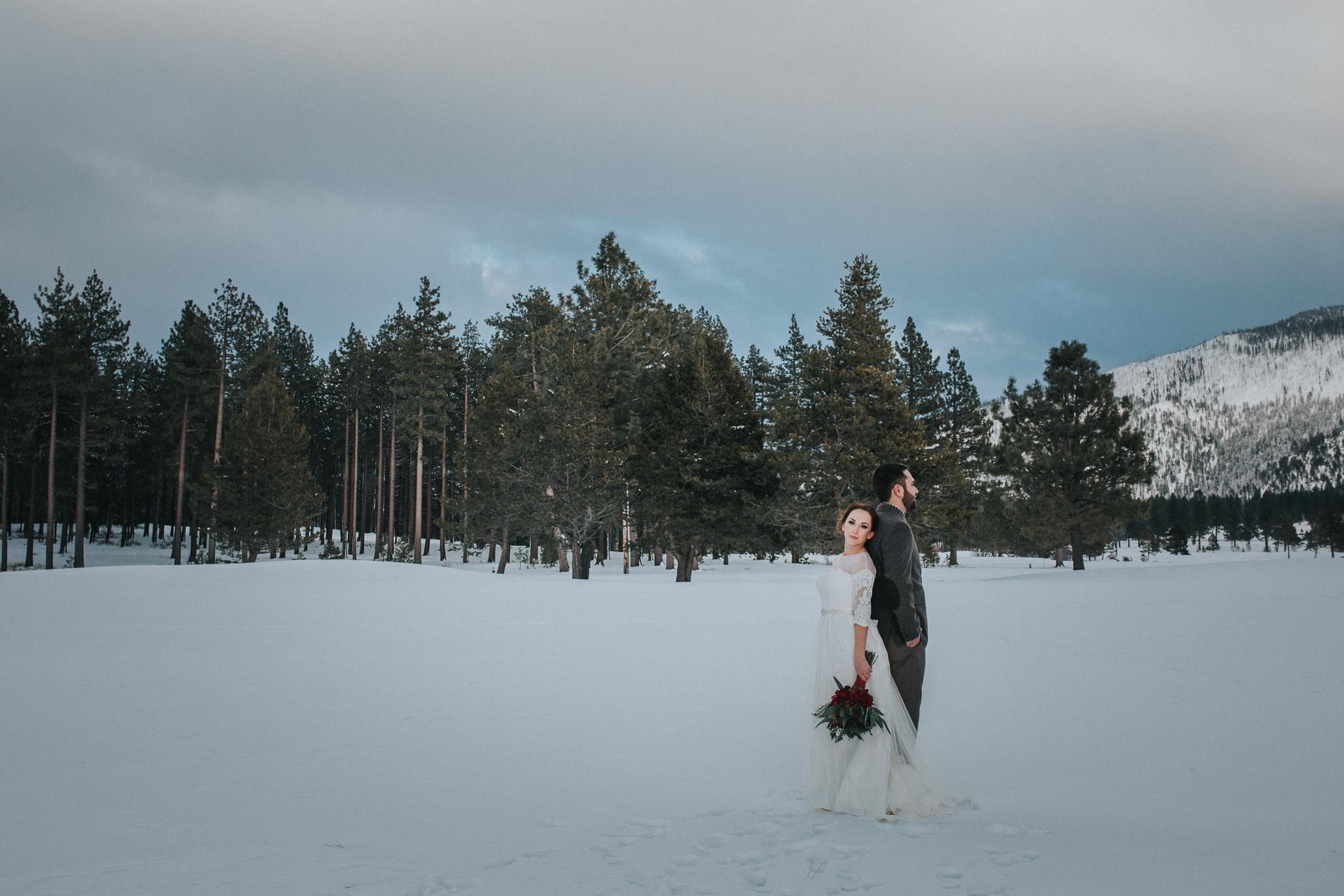 winter-wedding-reno-lake-tahoe-wedding-photographer-19.jpg