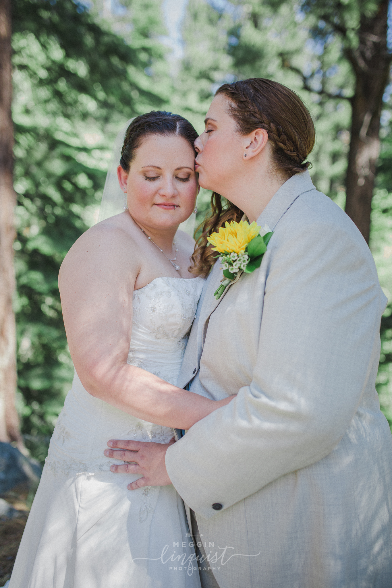 same-sex-wedding-reno-lake-tahoe-wedding-photographer-2-2.jpg
