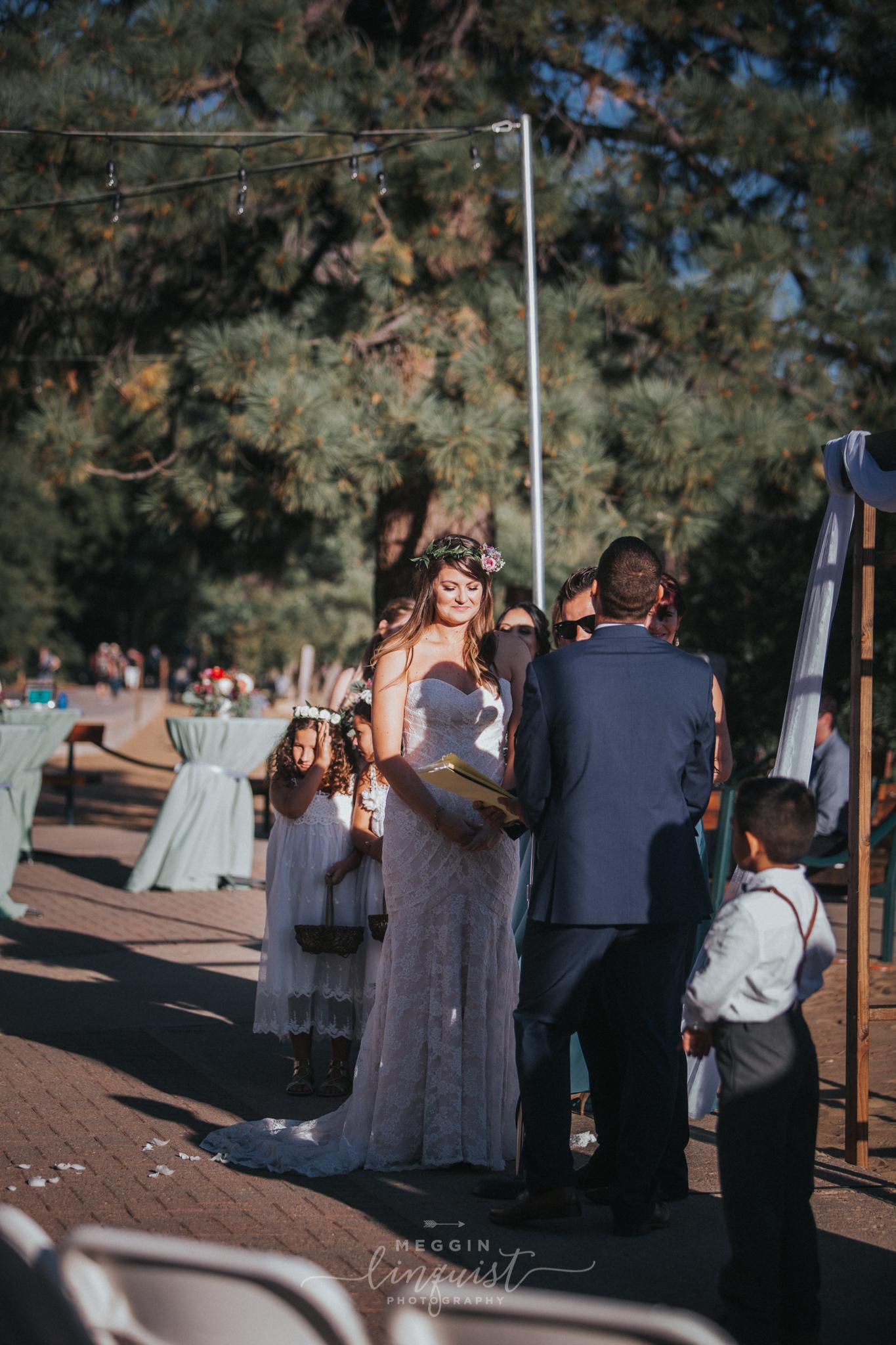 bohemian-style-lake-wedding-reno-lake-tahoe-wedding-photographer-17.jpg