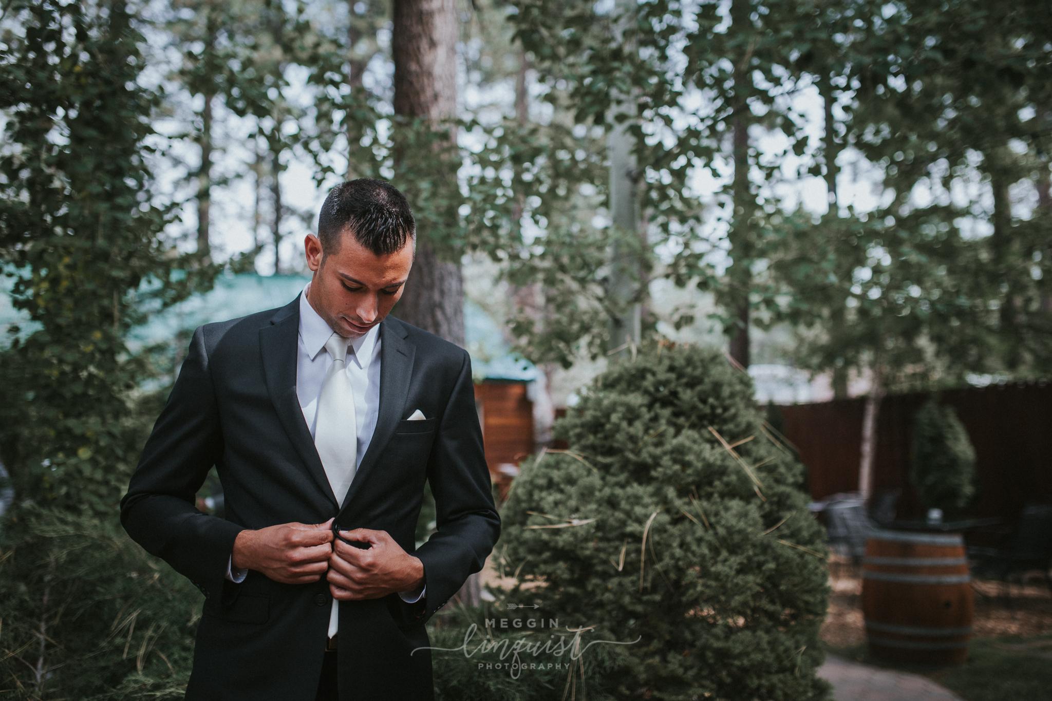 regan-beach-wedding-reno-lake-tahoe-wedding-photographer-7.jpg