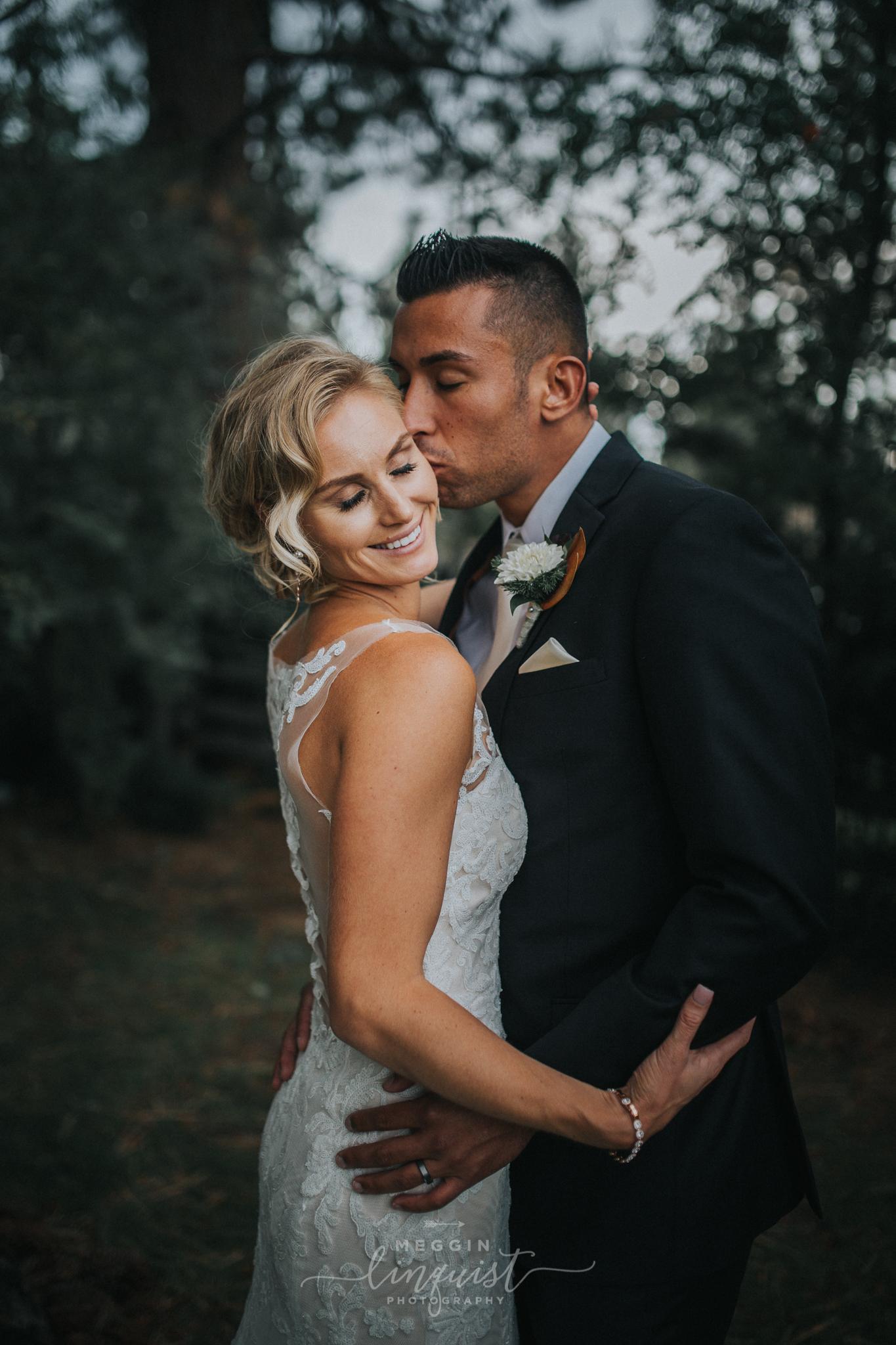 regan-beach-wedding-reno-lake-tahoe-wedding-photographer-44.jpg