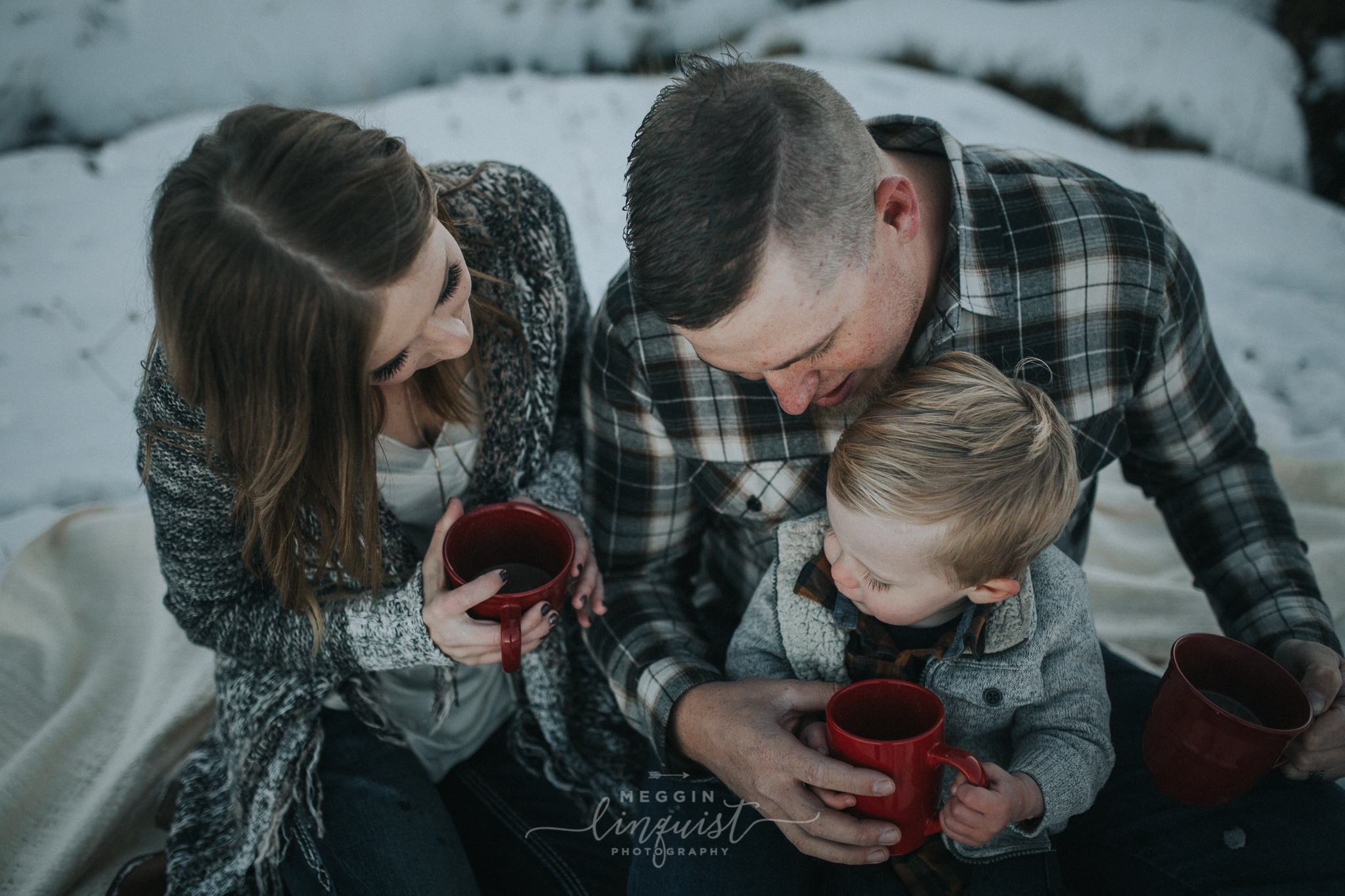 winter-family-photos-reno-lake-tahoe-family-photographer-18.jpg