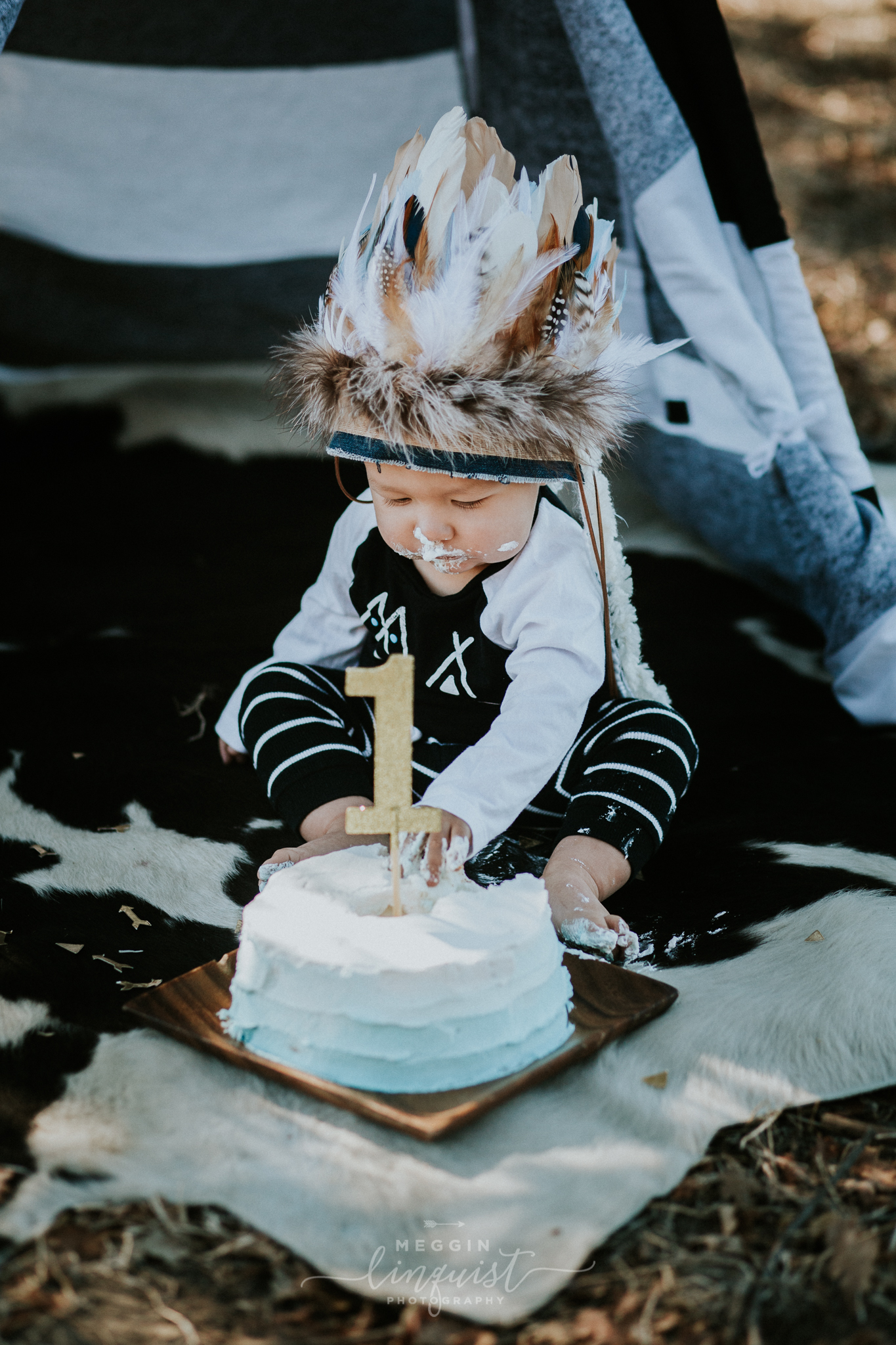 indian-themed-cake-smash-reno-lake-tahoe-family-photographer-20.jpg