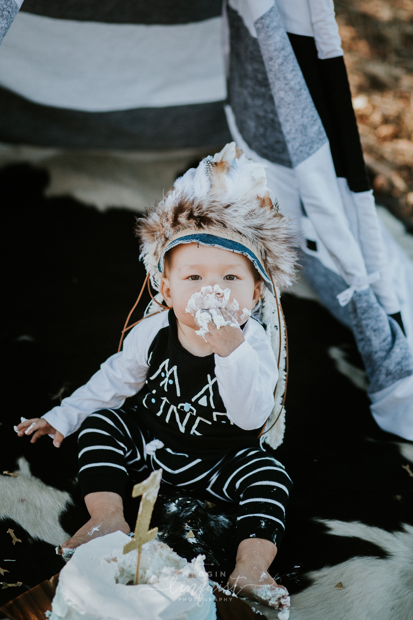 indian-themed-cake-smash-reno-lake-tahoe-family-photographer-26.jpg