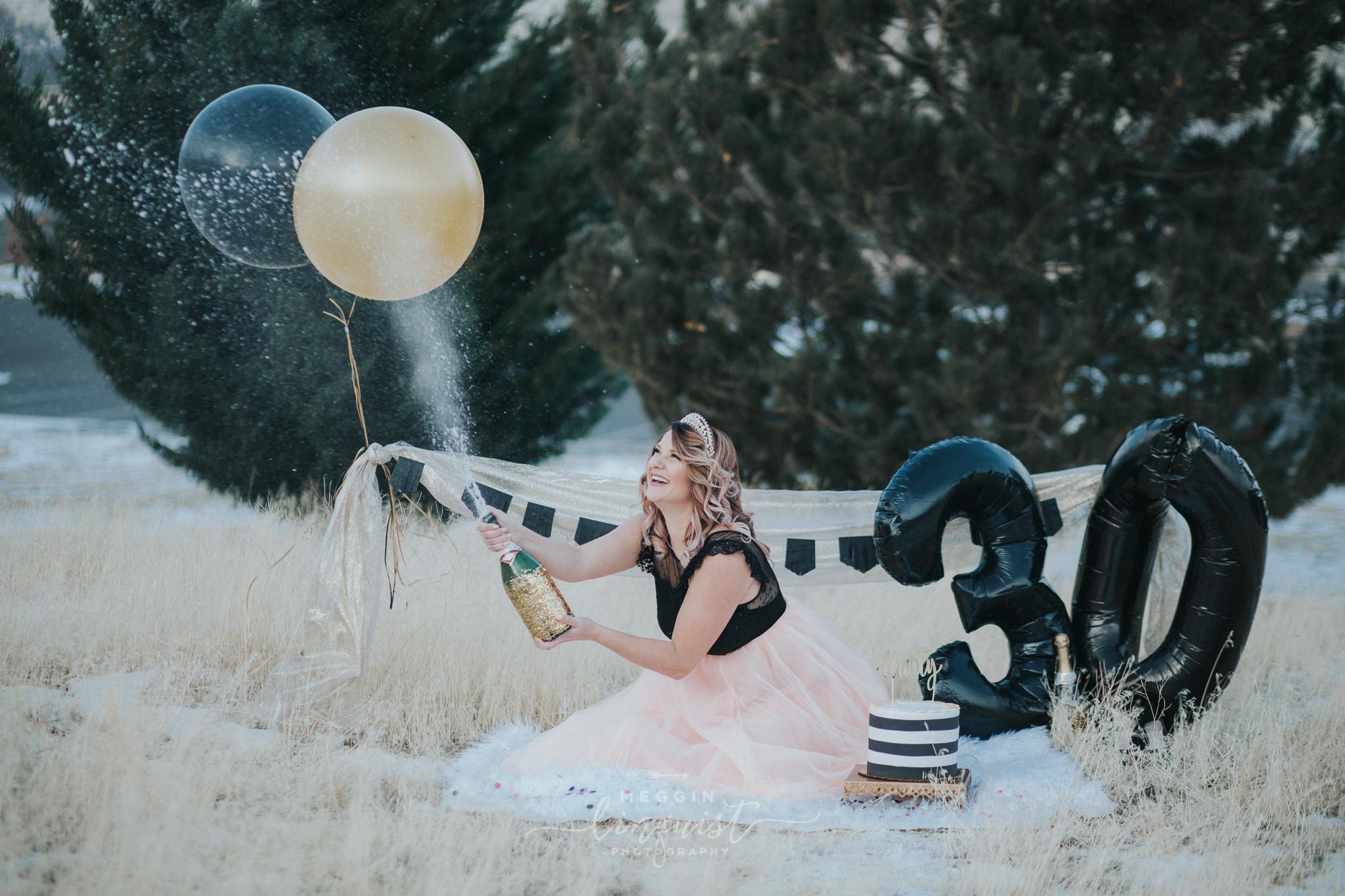30th-birthday-cake-smash-reno-lake-tahoe-photographer-10.jpg