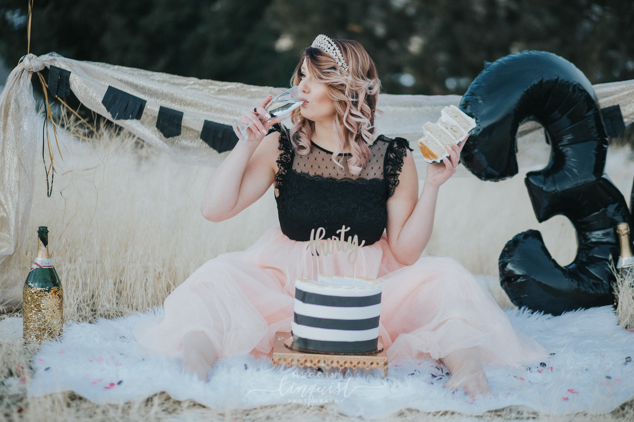 30th-birthday-cake-smash-reno-lake-tahoe-photographer-21.jpg