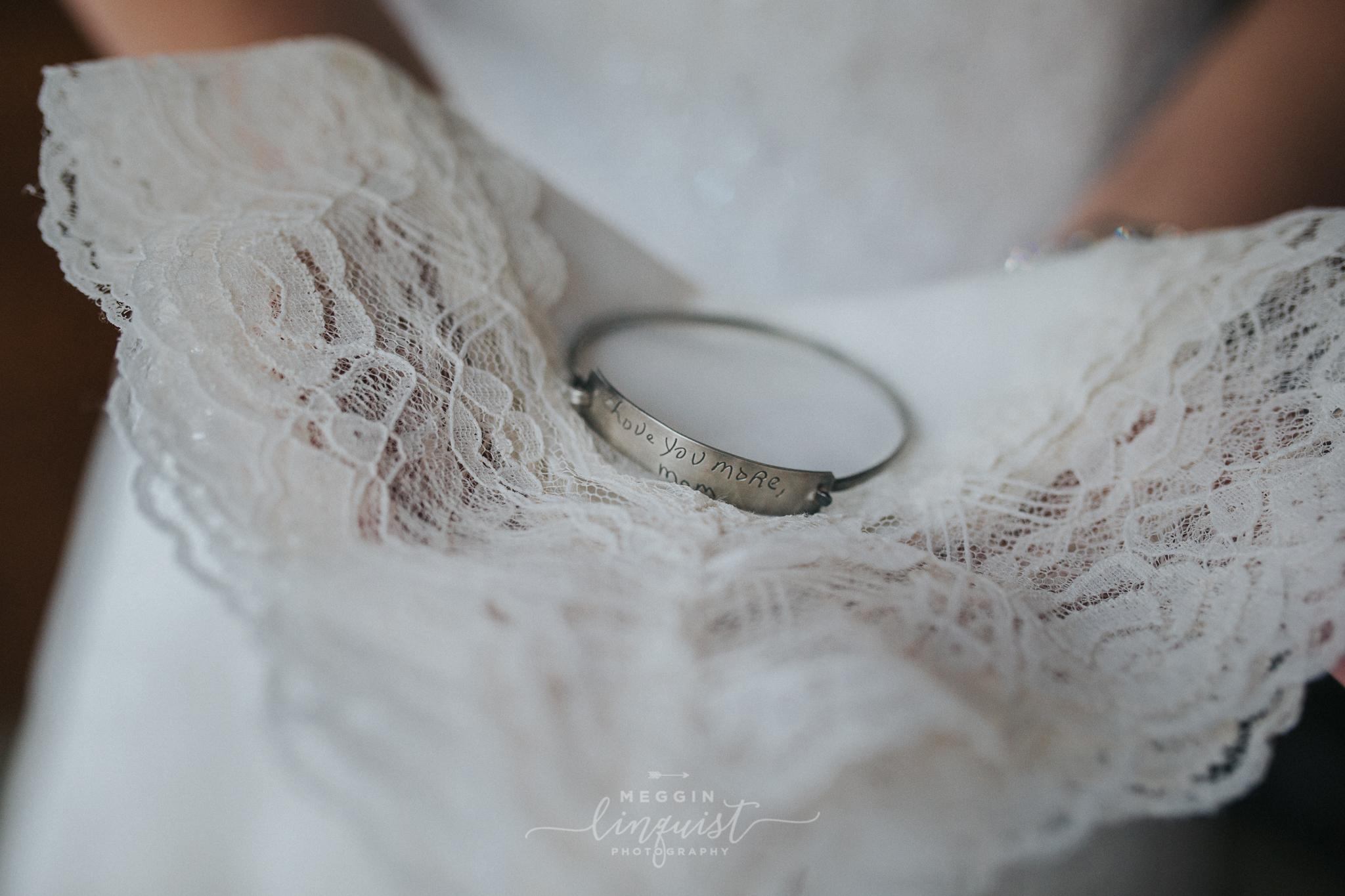 lake-tahoe-fall-wedding-reno-lake-tahoe-wedding-photographer-10.jpg