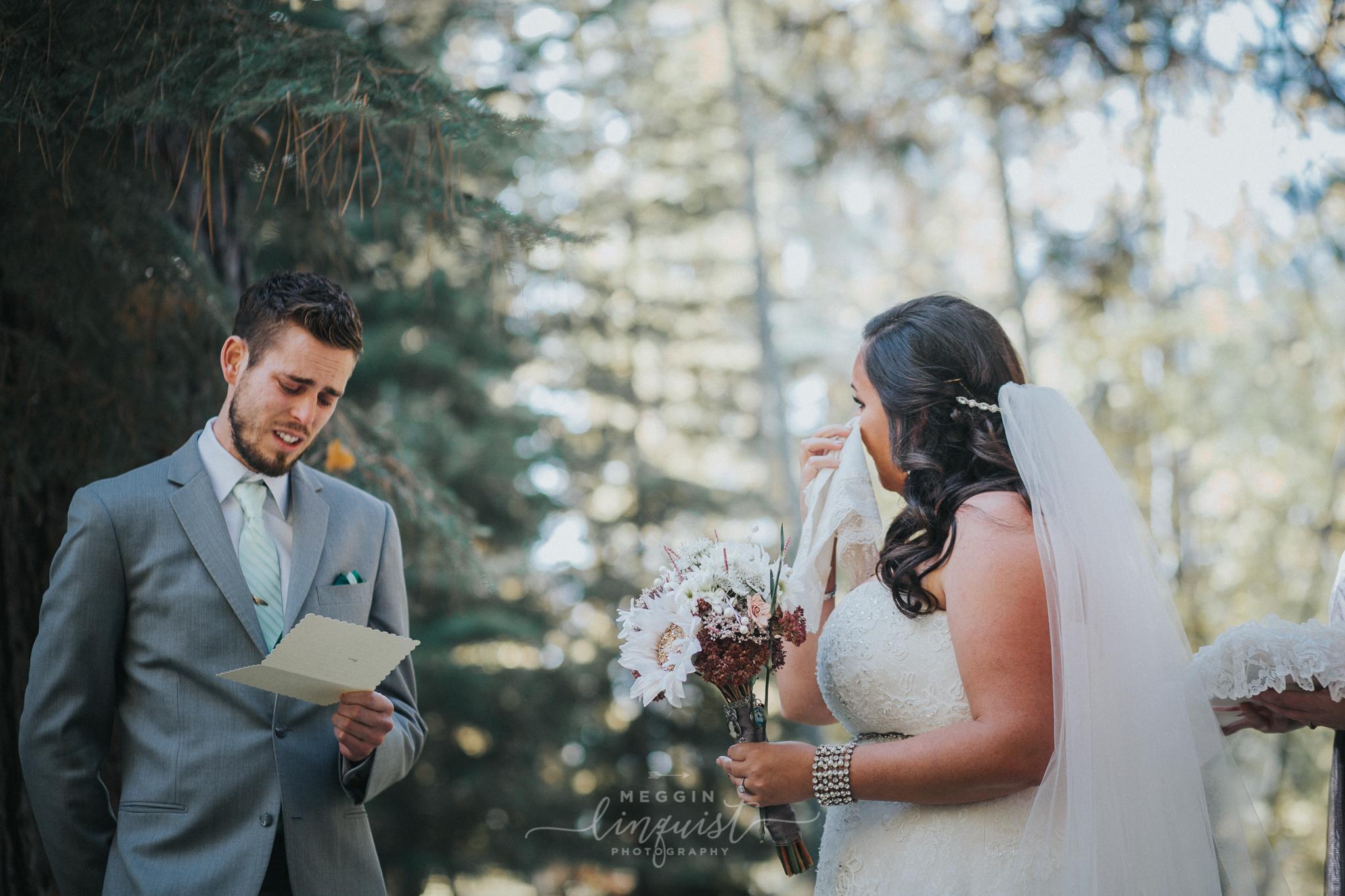 lake-tahoe-fall-wedding-reno-lake-tahoe-wedding-photographer-15.jpg