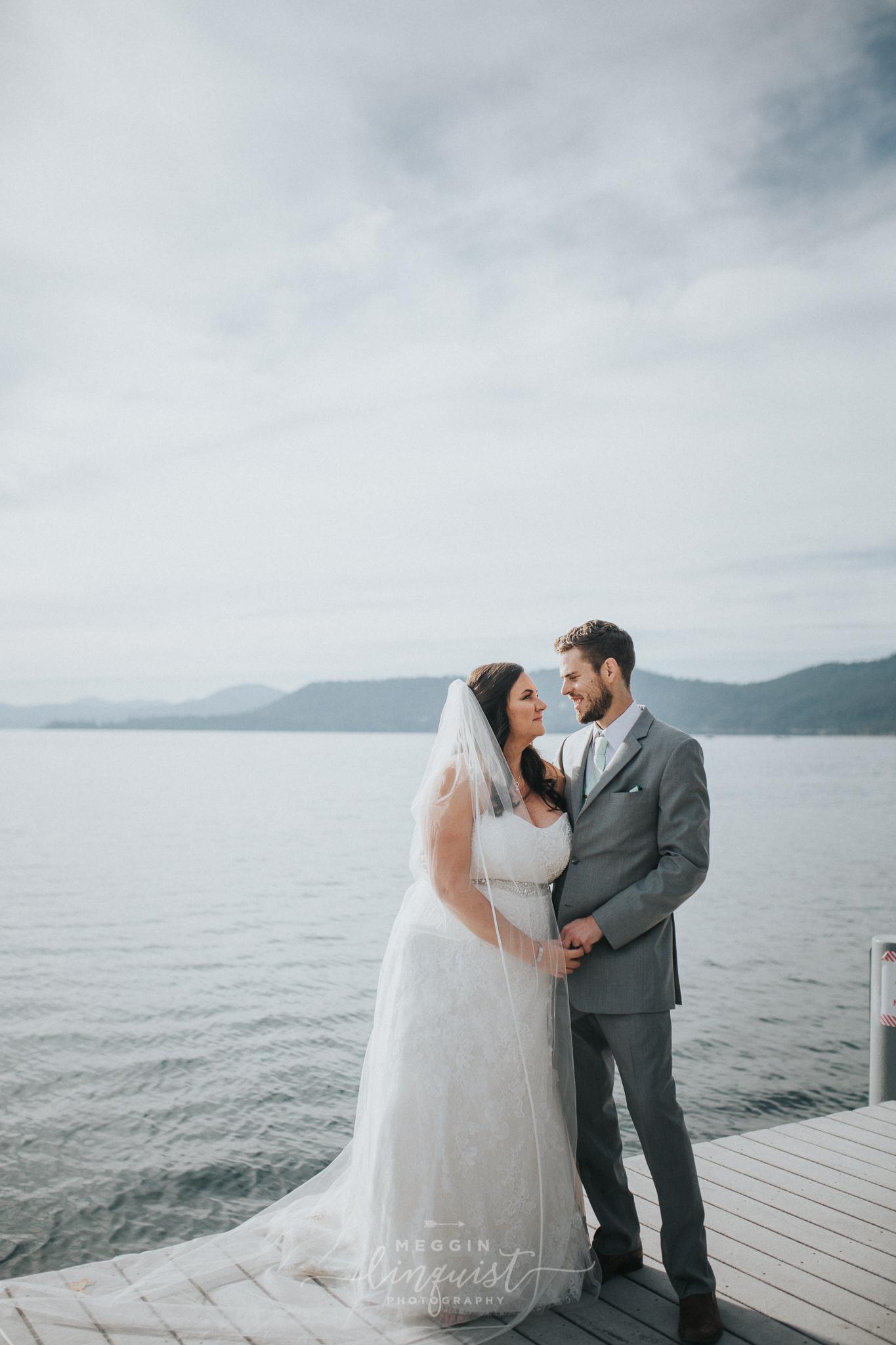 lake-tahoe-fall-wedding-reno-lake-tahoe-wedding-photographer-22.jpg