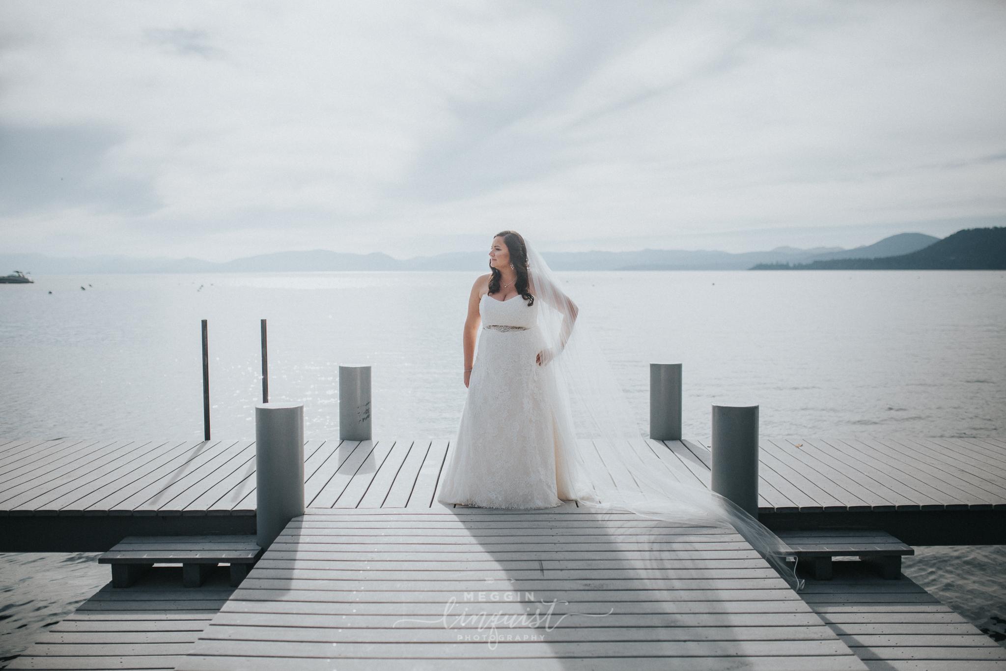 lake-tahoe-fall-wedding-reno-lake-tahoe-wedding-photographer-24.jpg
