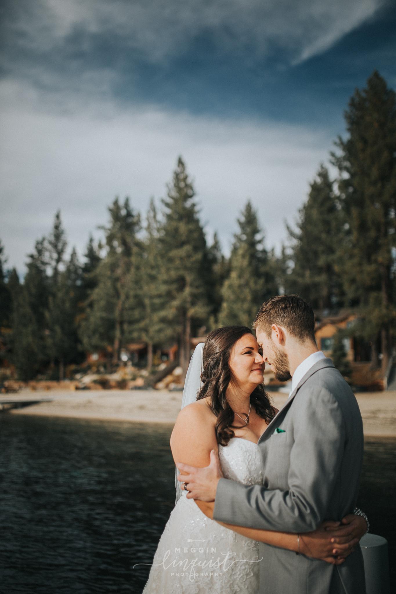 lake-tahoe-fall-wedding-reno-lake-tahoe-wedding-photographer-25.jpg