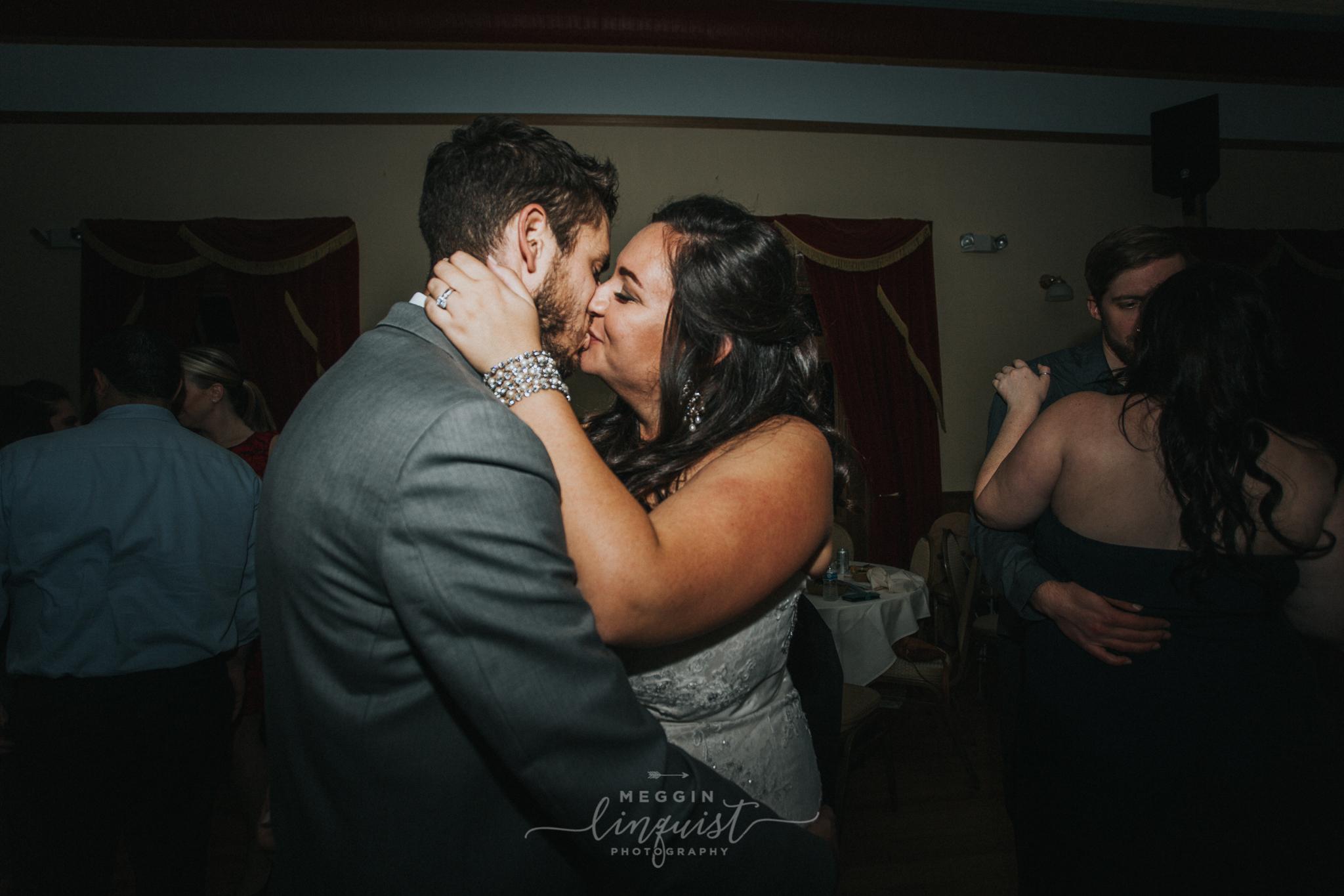 lake-tahoe-fall-wedding-reno-lake-tahoe-wedding-photographer-18-2.jpg