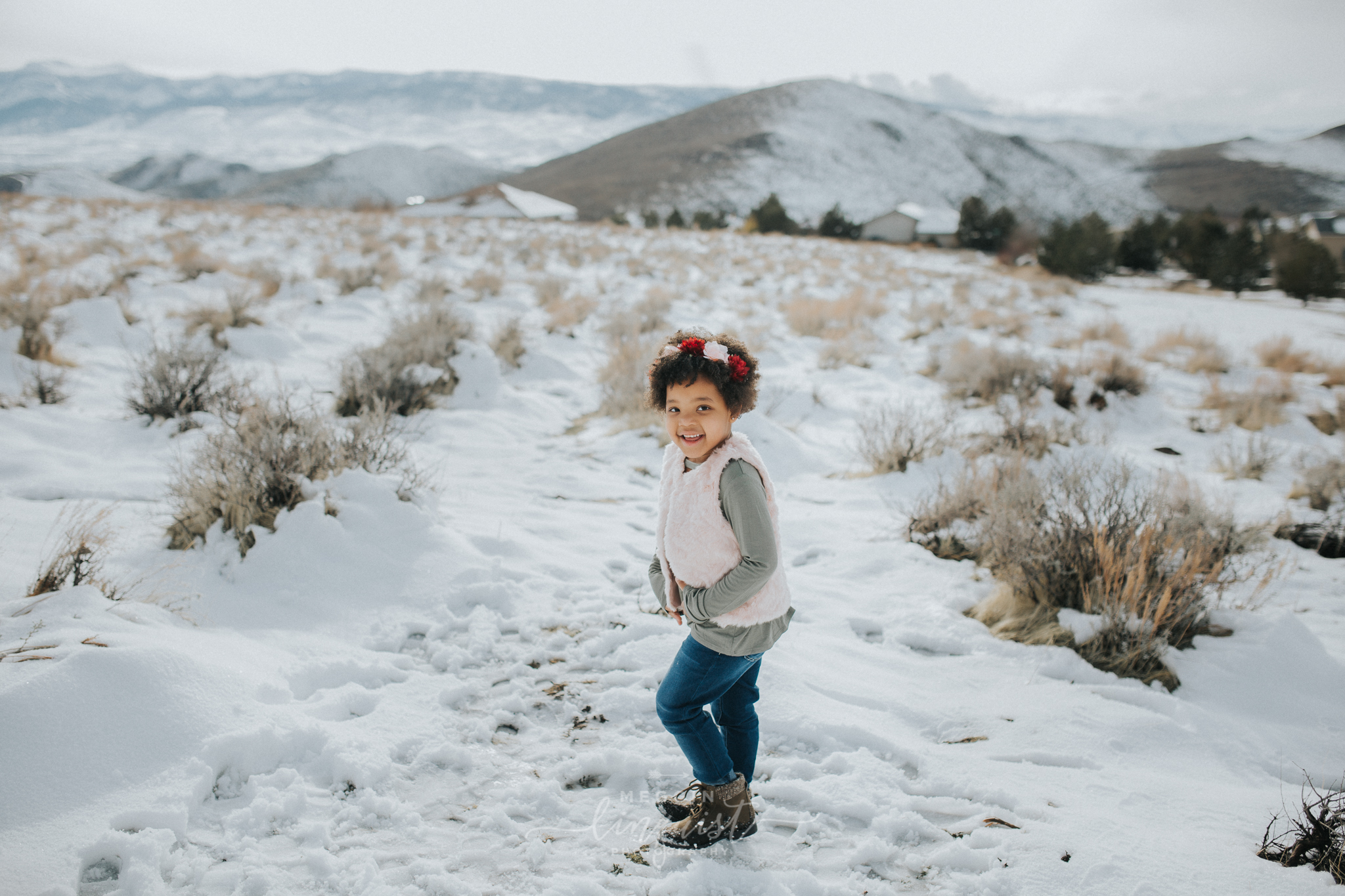snowy-mommy-and-me-photos-reno-lake-tahoe-family-photographer-11.jpg