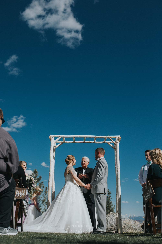 tannenbaum-spring-wedding-reno-lake-tahoe-wedding-photographer-25.jpg