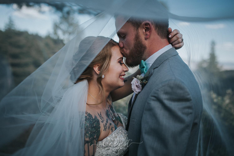 tannenbaum-spring-wedding-reno-lake-tahoe-wedding-photographer-39.jpg