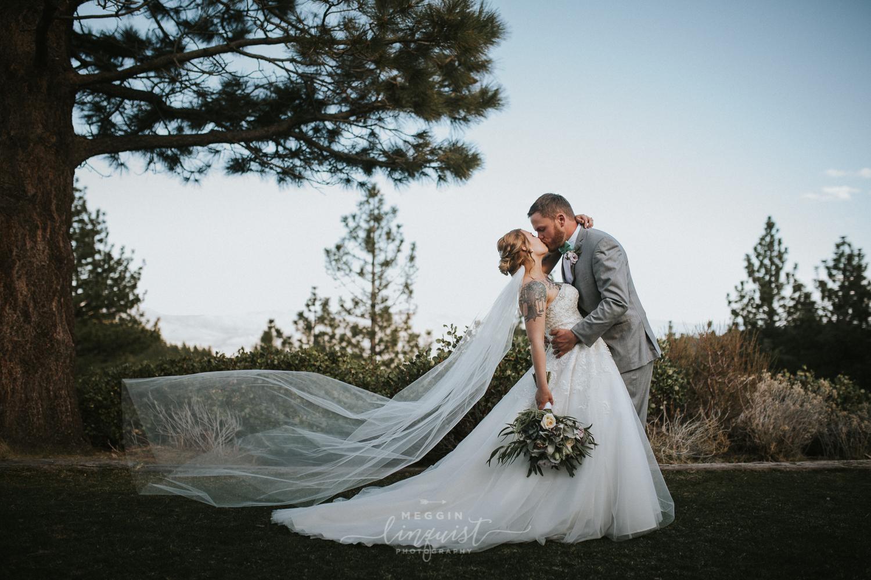 tannenbaum-spring-wedding-reno-lake-tahoe-wedding-photographer-37.jpg