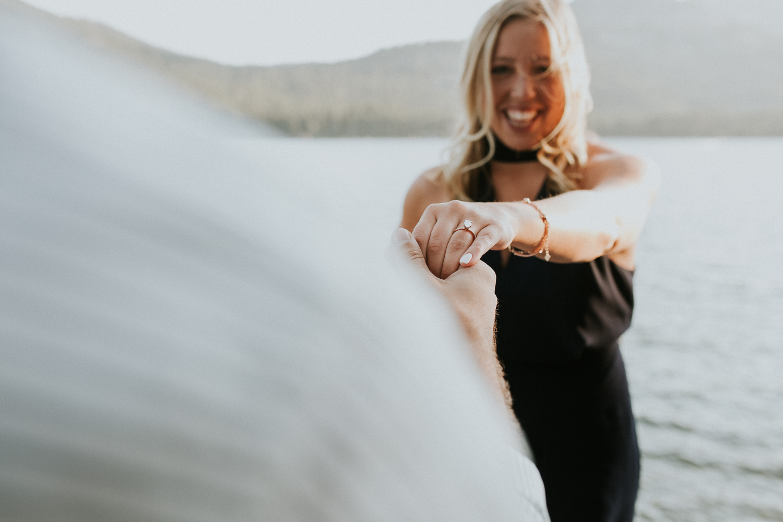donner-lake-engagement-reno-lake-tahoe-photographer-10.jpg