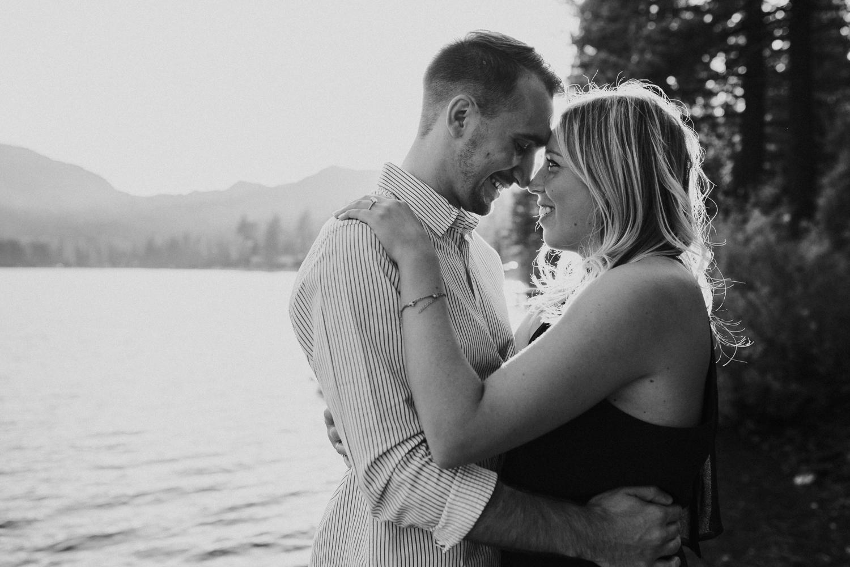donner-lake-engagement-reno-lake-tahoe-photographer-14.jpg