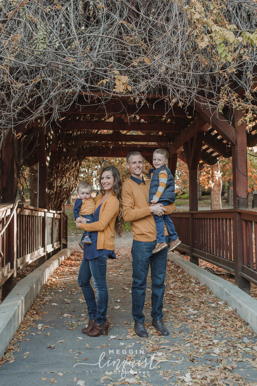 reno-fall-family-session-reno-family-photographer-12.jpg