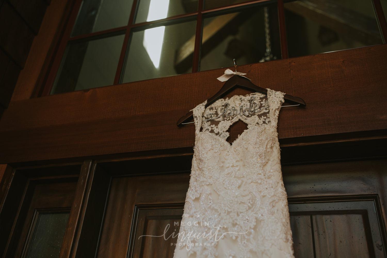 classic-fall-catholic-wedding-reno-lake-tahoe-wedding-photographer-3.jpg