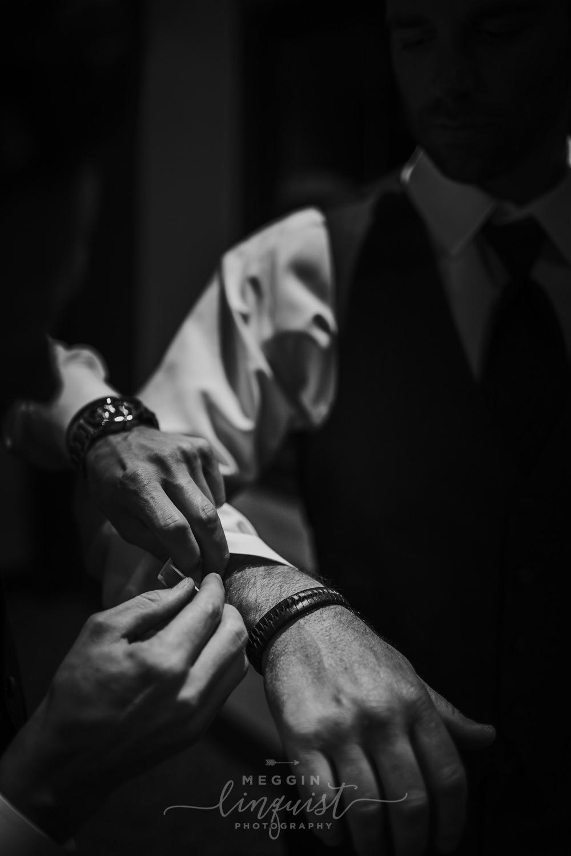 classic-fall-catholic-wedding-reno-lake-tahoe-wedding-photographer-11.jpg