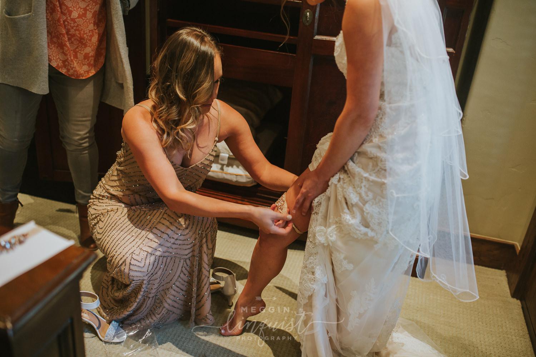 classic-fall-catholic-wedding-reno-lake-tahoe-wedding-photographer-20.jpg