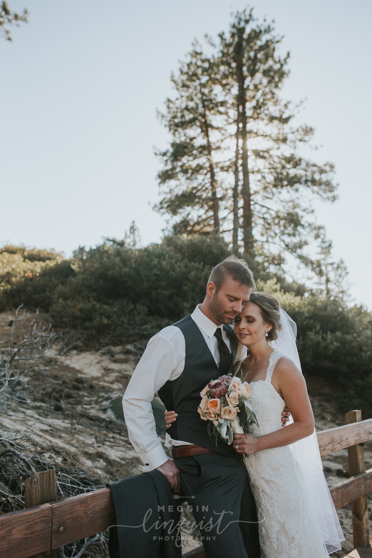classic-fall-catholic-wedding-reno-lake-tahoe-wedding-photographer-35.jpg