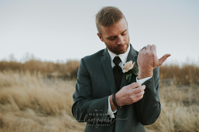 classic-fall-catholic-wedding-reno-lake-tahoe-wedding-photographer-56.jpg