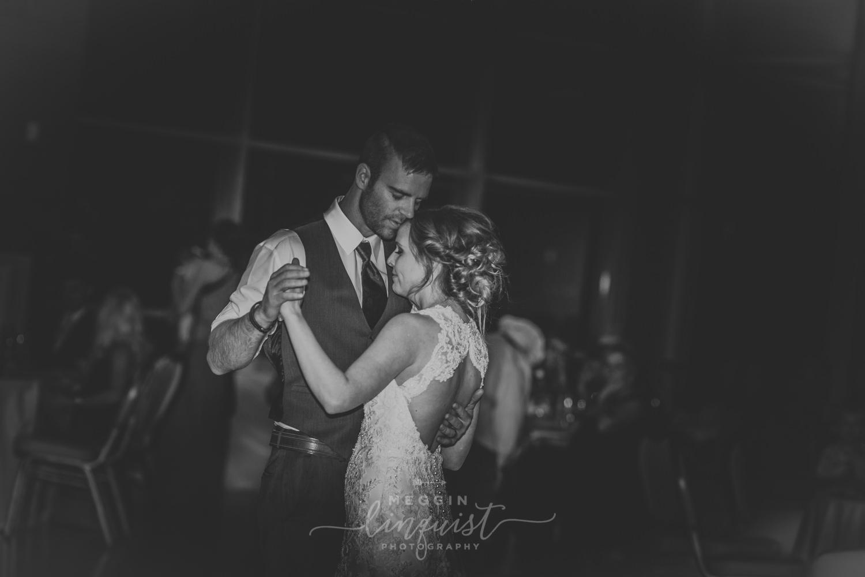 classic-fall-catholic-wedding-reno-lake-tahoe-wedding-photographer-63.jpg