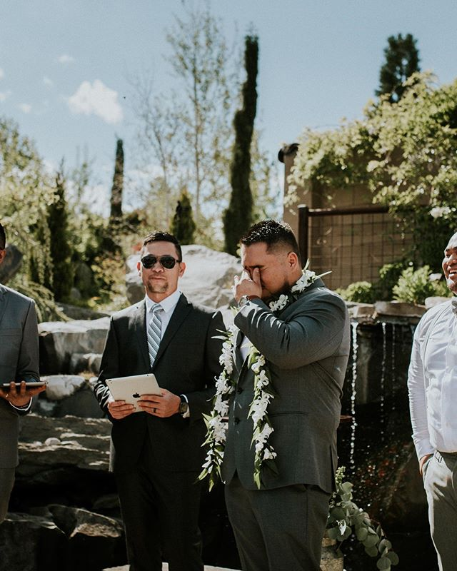 Ladies...get yo self a man that cries when he sees you walk down the aisle. Side note: He lost the bet. • • • • • #renoweddingphotographer #weddingphotographer #renophotographer #weddingday #misstomrs #photographer #groom #emotion #laketahoephotographer #laketahoeengagementphotographer #laketahoeweddingphotographer #ido #herecomesthebride #crying #emotion #love #photographerlife #deathdouspart #renowedding