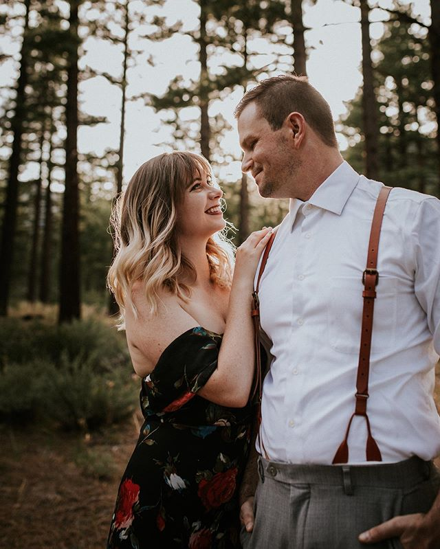 They're adorable AF and I love it ❤️ • • • • • #renophotographer #renoweddingphotographer #renoengagementphotographer #engagement #engagementphotographer #love #shesaidyes #futuremrs #weddingphotographer #northerncaliforniaphotographer #northernnevadaphotographer #californiaweddingphotographer #nevadaweddingphotographer #photographerlife #lovemyclients #radcouples #adventure