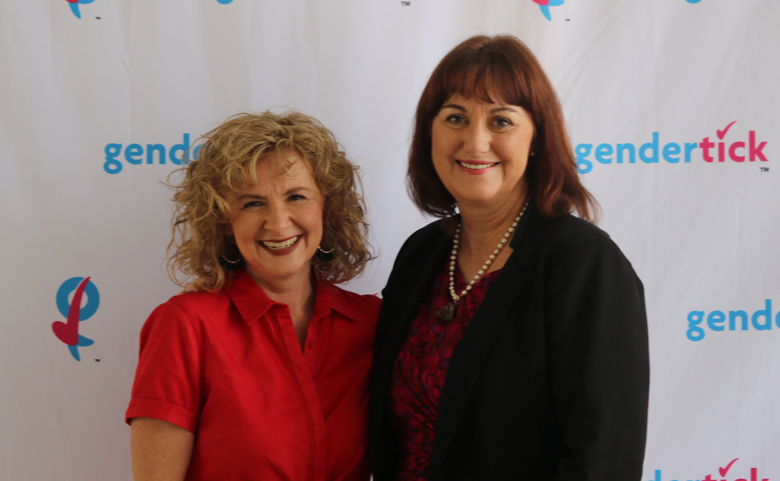 Lion's Robin Davies and Fonterra's Susan Doughty (image from Diversity Works)