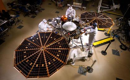 Mars-InSight-Solar-Panels-Open-pia196641-thmfeat.jpg