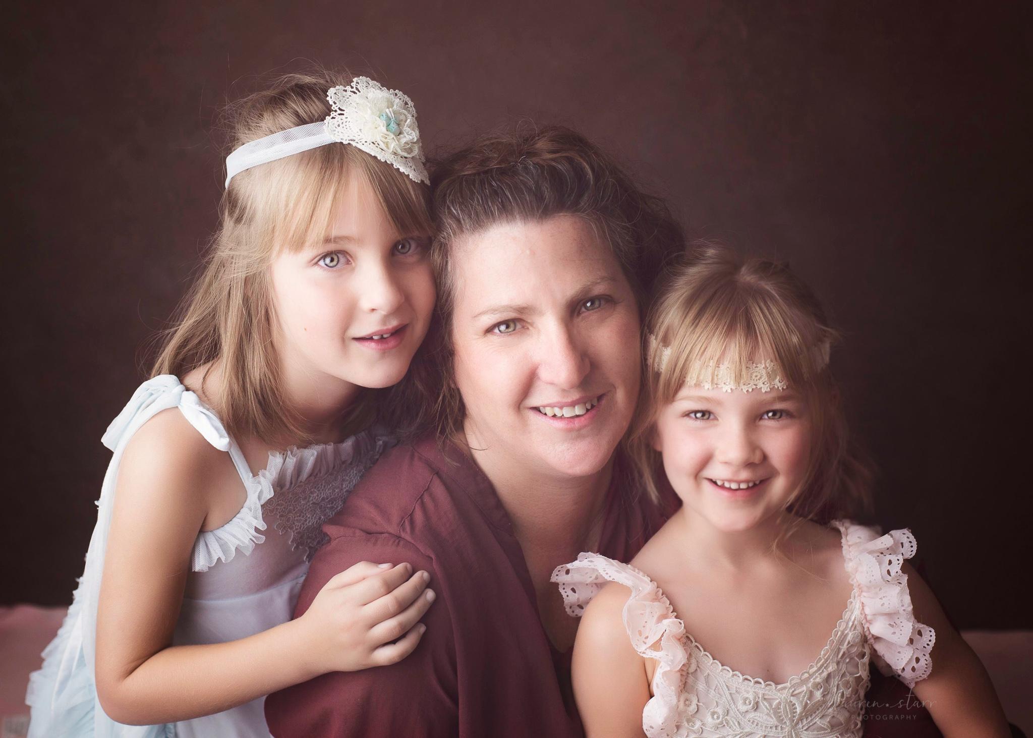 laurenstarr-fineartphotography-awardwinningphotographer-bendigophotographer-bendigofamilyportraits-familyphotographerbendigo-1-2.jpg