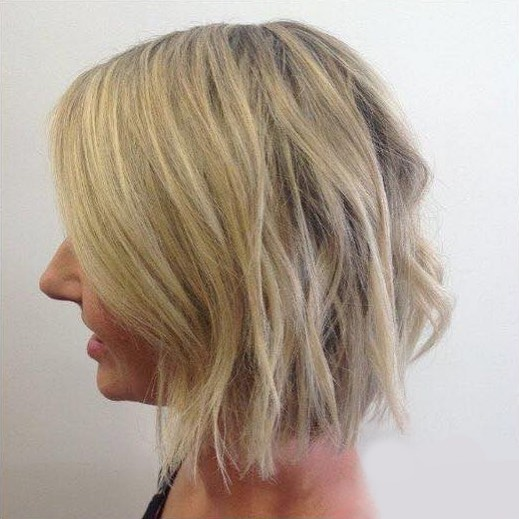 4 looks in 12 months with this lovely client! She's pulled off each look every time😍⠀ ⠀ #hairdresser #sanctuarysalonandspa #albury #alburywodonga #thisistheborder #alburycbd #avedasalon #aveda #hairdresseralbury #shorthair