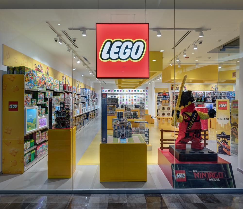 Tienda Lego_©Agustín Garza-3.jpg
