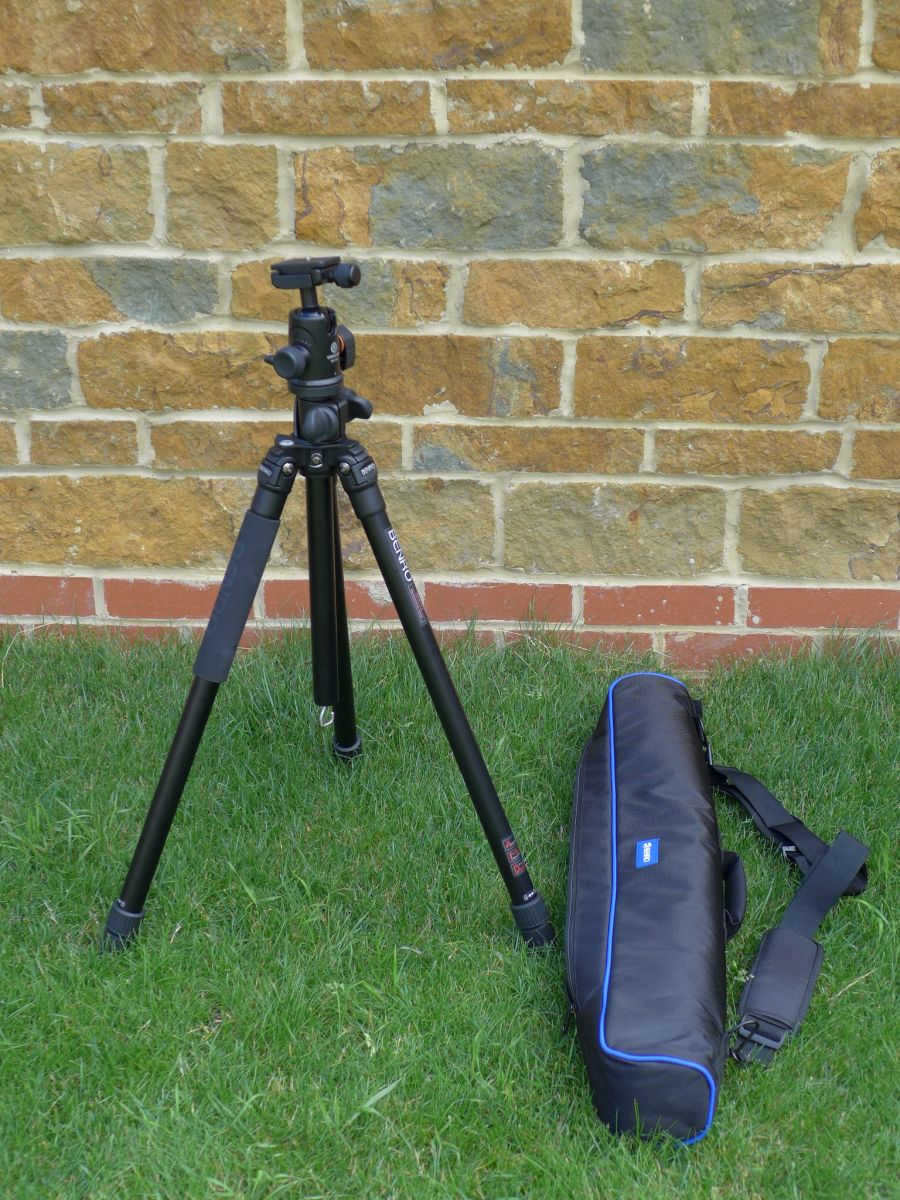 Benro A2970t and its padded carrying bag