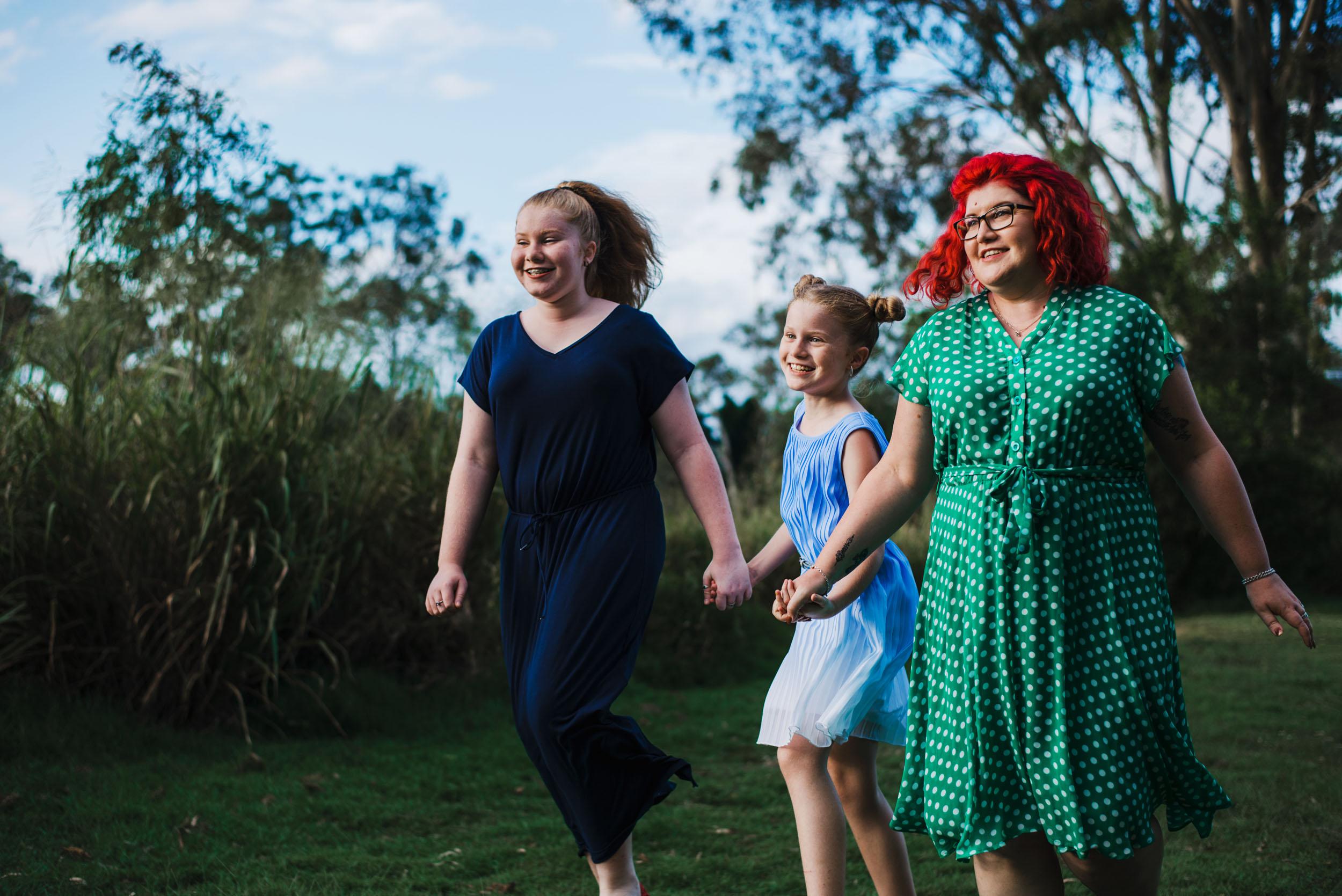 Katy Bindels Moreton Bay unposed family Photographer