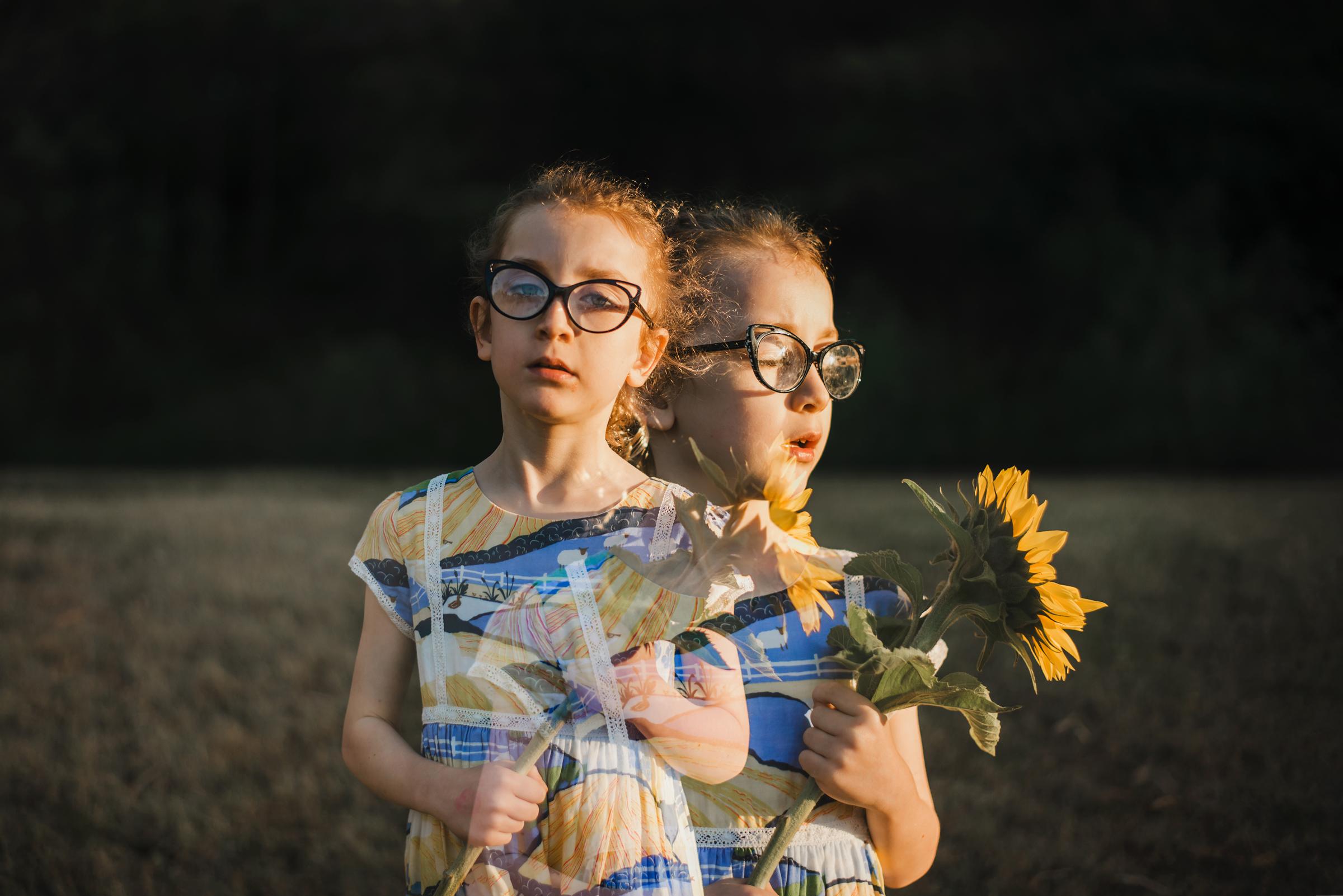 creative_portrait_of_Brisbane_girl_and_sunflower.jpg
