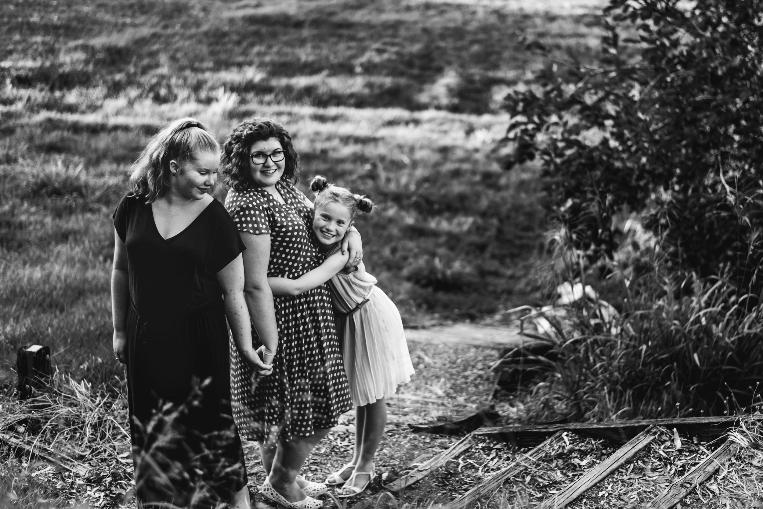 monochrome-mum-and-daughters.jpg